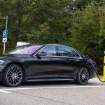 Mercedes-Benz запустив продажі гібридного седана S-Class